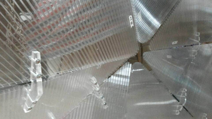 7245_Close-up of Lexan sheet and brackets during prototyping of concept_03